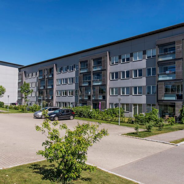 Jönsson har i totalentreprise varetaget den omfattende renovering af Islandshøjparken i Nivå.