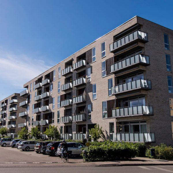 Jönsson har i totalentreprise opført 72 ejerlejligheder i Søborg Have