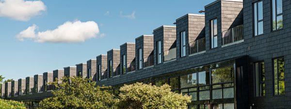 Nye boliger ovenpå ældre karéer
